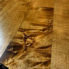 Love this shot of unique wood grain in this maple floor.#pallman #resand #maple #magicoil #satin #woodfloor #hardwood #dustless #nutmegstain #sandandfinish #lagler #americansander #padco #hardwoodfloor #woodfloor #naturalfloor #naturalstain #woodflooring #woodfloors #hardwoodfloors #flip #remodel #restoration #woodworking #ccf #woodgrain #bona #lagler