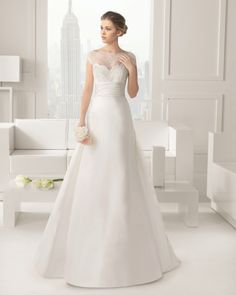 - Corded lace and silk mikado dress and train with beading, in a natural colour – Corded lace and mikado dress and train with beading, in a natural colour – Corded lace and silk mikado dress and train, in a natural colour – Corded lace and mikado dress and train, in a natural colour 61K19 […]