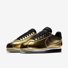 online store 63578 89d13 Nike Classic Cortez Leather SE Women s Shoe
