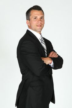 Martin St.Louis - Tampa Bay Lightning, You should see his strong legs.