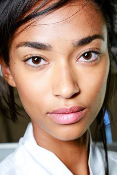 Michael Kors Collection Spring 2014 Ready-to-Wear Fashion Show Michael Kors 2014, Michael Kors Collection, Online Beauty Store, Natural Make Up, Flawless Skin, Pretty Makeup, Pink Lips, Doll Face, Face Skin