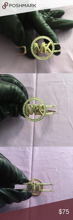 Bracelet Michael Kors Bracelet. Summer Sale. No Trade. Very Stylish. Michael Kors Jewelry Bracelets