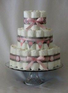 bolo de fraldas cinza e rosa simples