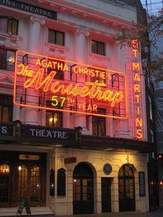 #114: Deviner qui est le meurtrier du Mousetrap Lindy Hop, Mille, Agatha Christie, Neon Signs, London, Things To Make, Travel