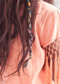 Fabric braid I'm so doing this if my hair ever gets long.