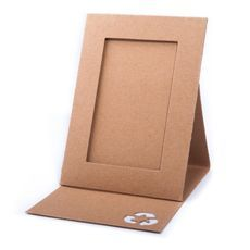 1 million+ Stunning Free Images to Use Anywhere Diy Photo Frame Cardboard, Cardboard Frames, Cardboard Toys, Frame Crafts, Diy Frame, Diy For Kids, Crafts For Kids, Diy Karton, Diy Cardboard Furniture