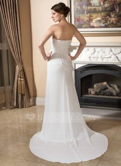 Sheath/Column Sweetheart Court Train Chiffon Wedding Dress With Ruffle Beading (002011373) - JJsHouse