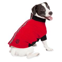 This high-quality dog coat combines cozy comfort and style at a surprisingly affordable price. The signature collar-to-tail closure offers easy on and off. This canine coat covers, warms, and protects your dog's vulnerable chest and belly.