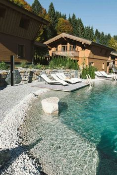 La Soa Chalets im Tannheimer Tal Hüttenzauber pur! Das La Soa im Tannheimer Tal Hotels, Outdoor Venues, Travel Around, Beautiful Gardens, Places To See, Provence, Travel Destinations, Africa Destinations, Beautiful Places