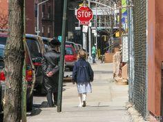 Judíos ultraortodoxos en el barrio de Williamsburg, Brooklyn Williamsburg Brooklyn, Street View, Nyc, The Neighborhood, Vacations, New York