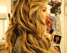 great hair hair Bangs How do i get my hair to look like THIS! Love Hair, Great Hair, Big Hair, Gorgeous Hair, Awesome Hair, Full Hair, Crazy Hair, Pretty Hairstyles, Braided Hairstyles