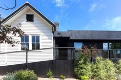 Heritage Cottage in Australia Transformed into Versatile Family Home - http://freshome.com/versatile-family-home/
