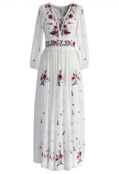 Платье с Чудесной Цветочной Вышивкой