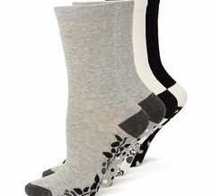 Bhs Womens Grey, Black and Cream 4 Pack of Pattern Your feet will feel just rosy with these pattern sole detail ankle high socks. Each pair of socks in grey marl, black and cream yarns features a different design on the sole. Two pairs with pretty ros http://www.comparestoreprices.co.uk/fashion-clothing/bhs-womens-grey-black-and-cream-4-pack-of-pattern.asp