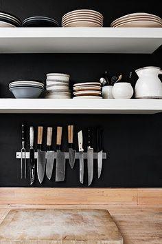 http://scandinavianretreat.blogspot.de/2010/12/handmade-home.html