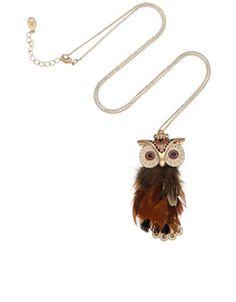 Collier long avec pendentif chouette orné de plumes aztèque