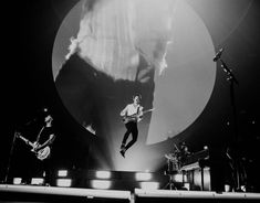 Shawn Mendes Concert, Shawn Mendas, Shawn Mendes Wallpaper, Island Records, Old Things, Bb, Hilarious, Army, Lost