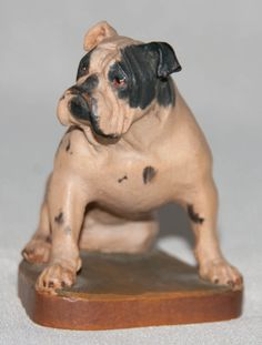 Excellent Vintage Wood Carving of Bulldog by Helmut Diller..