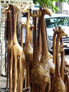 Kunsthandwerk in Stellenbosch Livingstone, Port Elizabeth, Pretoria, Safari, Cape Town, Fun Activities, Restaurants, Fair Grounds, Shops