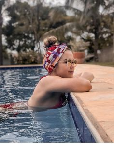 (notitle) The post appeared first on Urlaub. Pool Poses, Beach Poses, Pool Photography, Girl Photography Poses, Summer Pictures, Beach Pictures, Foto Nature, Swimming Pool Photos, Shotting Photo