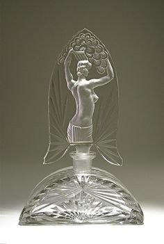 Vintage 1930s Czech Perfume Bottle in clear crystal with dramatic intaglio stopper