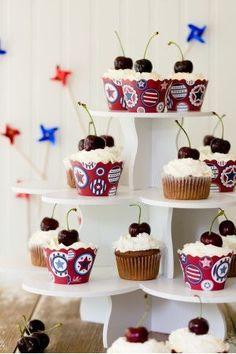 Cherry Cobbler Cupcakes |  #Cherry #Cobbler #cupcakes