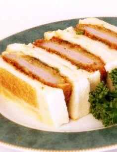 ホテルの味を再現!本格カツサンドの作り方 by オリバーソース ... Tonkatsu, Pork Cutlets, Post Apocalyptic, Picnic, Bread, Breakfast, Recipes, Food, Box Lunches