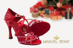 😍❤️💕 Cuando tu corazón late y late y late.... !!! 😍 😍 Tus zapatos 100% personalizados!!🛍🛍 #QueBonitosPorFavor #AmiMeDaAlgo #MisZapatosSonHermosos #HechosaMano #SoloMios #PasionPorLaModa #ElArmarioDeMiVida #ZapatosUnicos #AnitaPearl #ZapatosReina #LaReinaDeMiArmario #musthave #dance #dancers #danceshoes #sandalias #custom #ilovedance #sandals #fashion #moda #style #salsa #rumba #essentials