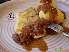 Filetti di merluzzo in crosta di mais con patate e salsa di mele alla birra  #ricette #food #recipes