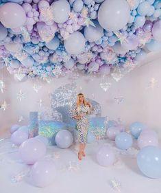 Balloon Ceiling Decorations, Birthday Balloon Decorations, Balloon Columns, Birthday Balloons, Birthday Brunch, Birthday Parties, Happy Birthday, Sequin Wall, Cool Backdrops