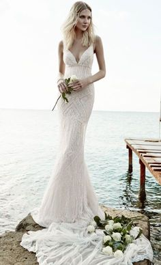 Victoria Kyriakides vintage lace wedding dress - Deer Pearl Flowers / http://www.deerpearlflowers.com/wedding-dress-inspiration/victoria-kyriakides-vintage-lace-wedding-dress/