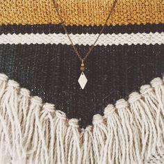 Collier chaîne laiton - pendentif perles laiton et losange émaillé blanc. par ByMindBokeh sur Etsy https://www.etsy.com/fr/listing/563482833/collier-chaine-laiton-pendentif-perles