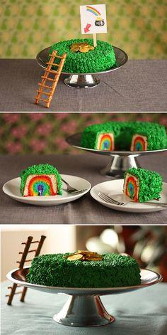 20 Green Attire DIY Saint Patrick's Day Party Ideas | GleamItUp