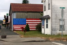Small town America teaches you a lot. You may not always love it, but you know it made you who you are today.  Here are 31 signs you grew up in small town America...    image source  1. When people