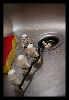 Star Wars : Lego adventure by Zed The Dragon - my boys will think this hilarious! Lego Star Wars, Star Wars Stormtrooper, Star Wars Art, Lego Film, Legos, Star Wars Figure, Lego Humor, R2d2, Lego Boards