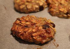 Biscotti light in 5 minuti: cookies avena, banana e gocce di cioccolato fondente