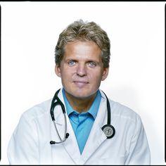 Torkil P. Andersen f. 1958 i Viborg, specialist i almen medicin og praktiserende læge i Arendal i Norge siden 1994. Hans medicinske interesser omfatter ud over almen medicin; kardiologi, metabolisk syndrom, diabetes og fedme.