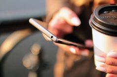 ¿Cuánto te dura la batería del móvil?  Bajar el brillo de la pantalla y desconectar el Wifi, GPS o Bluetooth cuando no se estén utilizando, te permitirán #ahorrar energía.