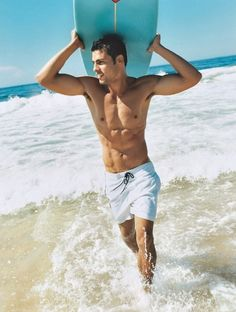Cauã Reymond / Actors, Surfing