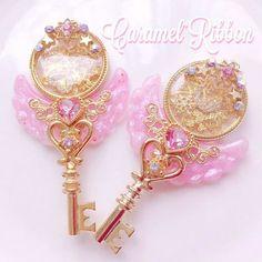 Kawaii Jewelry, Kawaii Accessories, Jewelry Accessories, Key Jewelry, Resin Jewelry, Cute Jewelry, Magical Jewelry, Resin Charms, Kawaii Clothes