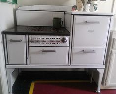 25 vintage stoves and refrigerators