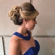 Trendy Hairstyles Wedding Tutorial Curls - All For New Hairstyles Wedding Hairstyles Tutorial, Bride Hairstyles, Easy Hairstyles, Wedding Hair And Makeup, Bridal Hair, Hair Makeup, Hair Wedding, Medium Hair Styles, Long Hair Styles
