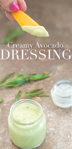 The simplest avocado recipe every made. This vegan creamy avocado dressing takes… The simplest avocado recipe every made. This vegan creamy avocado dressing takes 10 minutes to make and uses only 5 ingredients. Use it on salads or fries – Avocado Dessert, Guacamole, Avocado Hummus, Avocado Recipes, Vegan Recipes, Vegan Sauces, Avocado Ideas, Delicious Recipes, Sauce Spaghetti