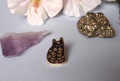 Floral cat enamel pin - Cat pin - Enamel pin - Enamel cat pin - I like cats - Cat lapel pin - Cat jewellery - Cat gifts - Cats - hard enamel by ilikeCATSshop on Etsy https://www.etsy.com/listing/481606507/floral-cat-enamel-pin-cat-pin-enamel-pin