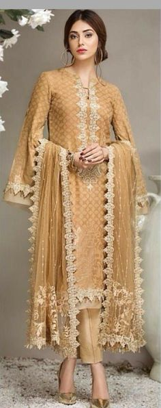 Anaya Luxury Summer Lawn Collection was first launched last year with a boom and now for this year brand have got some exciting designs for every young girl. Pakistani Formal Dresses, Pakistani Party Wear, Pakistani Outfits, Indian Dresses, Indian Outfits, Party Wear Dresses, Dress Party, Sari, Indian Wear