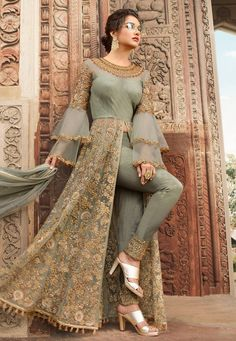 Indian dresses on sale: buy indian outfits & indian clothes online Indian Fashion Dresses, Indian Gowns Dresses, Dress Indian Style, Indian Designer Outfits, Party Wear Indian Dresses, Green Wedding Dresses, Eid Dresses, Indian Wear, Pakistani Dress Design