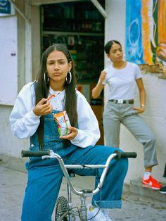 streetwear photoshoot Immagine di aesthetic, cortez, and fashion Fashion 90s, Hip Hop Fashion, Look Fashion, Fashion Outfits, Emo Outfits, Lolita Fashion, Fashion Clothes, Cartoon Fashion, 90s Clothes