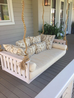 How to Maximize Your Outdoor Space with 39 Dream House Porch Swing ⋆ design sepatula Deco Dyi, House With Porch, Porch Decorating, My Dream Home, Home Projects, Sweet Home, House Styles, Furniture, Porch Swings