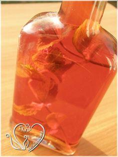 Nalewka truskawkowa z miętą