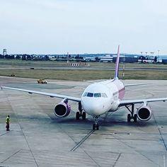 Our @wizzaircom #plane. #avion #flying #Valencia #VLC #CLJ #Spain #españa